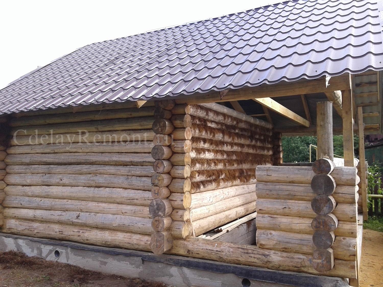 Сруб бани с крышей