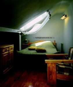 Место для сна в мансарде