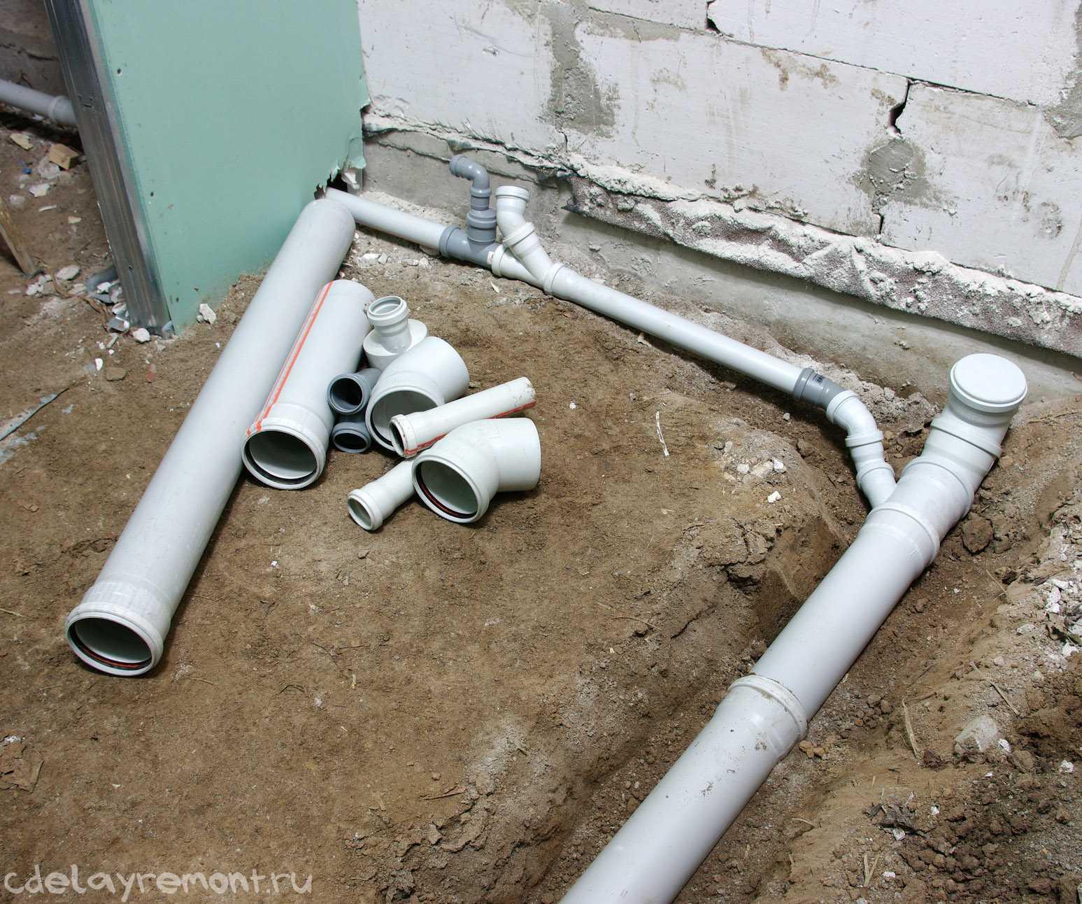 Трубы для канализации в частном доме своими