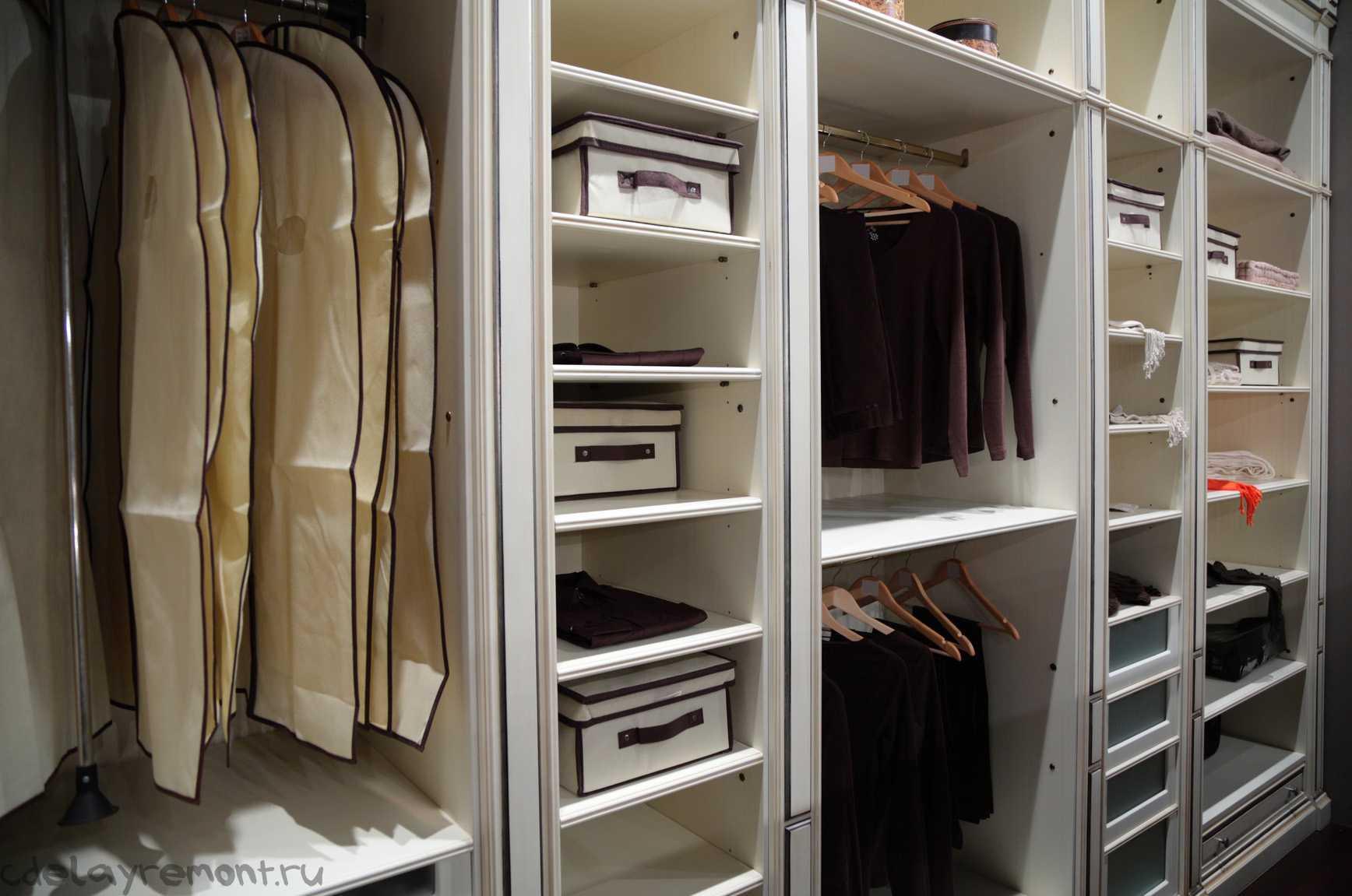 Самодельный шкаф из ГКЛ
