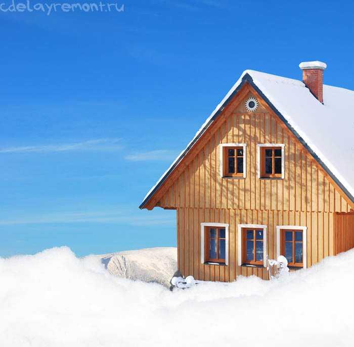 Зимний деревянный коттедж