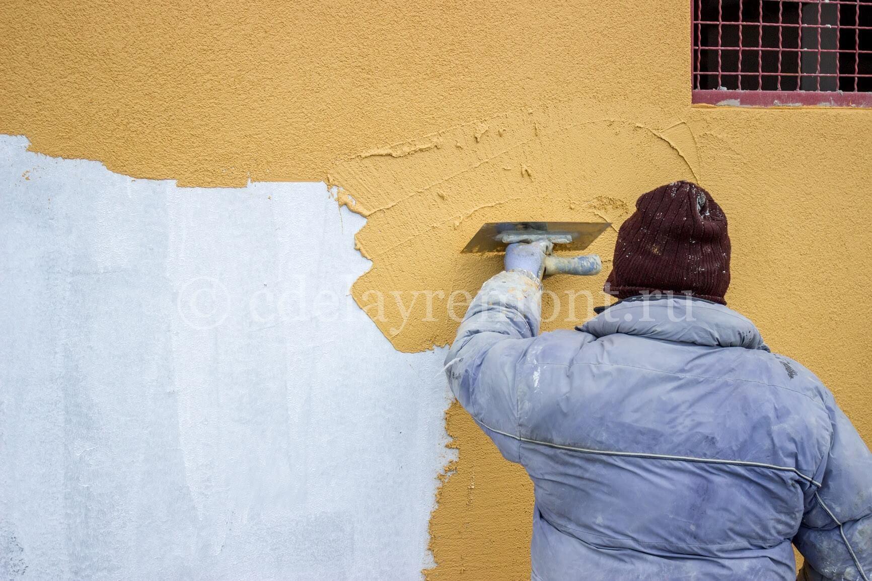 Нанесение декоративной штукатурки на фасад